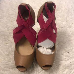 Shoes - Amazing Colin Stuart heels!